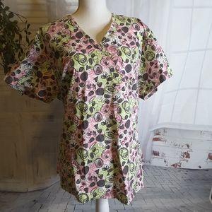 3/$30Amanda Scrubs green pink hearts scrub top XL